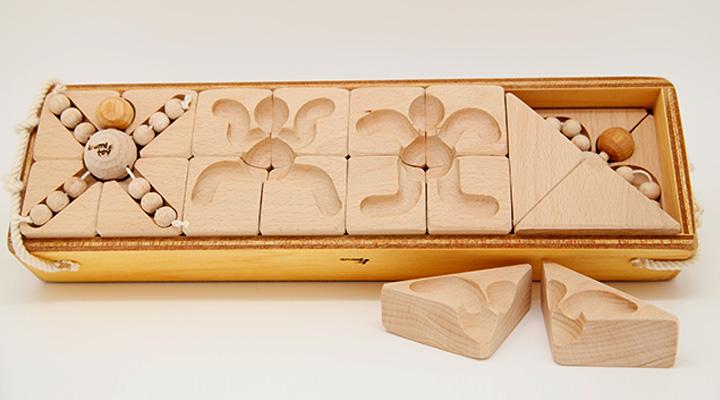 木のおもちゃ:かせきごっこ(積み木パズル)