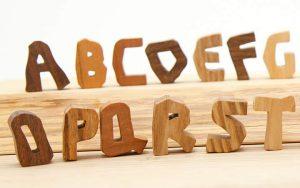 木のアルファベット・英語あそび・木のインテリア雑貨・木製切り文字