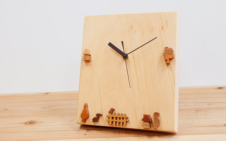 木の時計 ビーチ 動物や木やおうちの時計