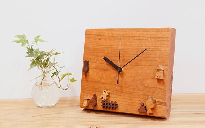 木の時計 チェリー 動物や木やおうちの時計