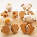 木のおもちゃ人形遊び (フスフス)