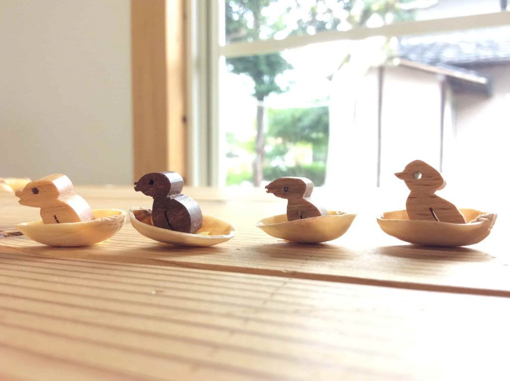 木のおもちゃ arumitoy うとぴれすと 動物 ことり